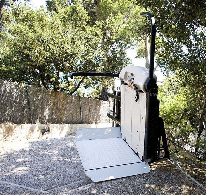 מעלון מדרגות לכסא גלגלים - s&l Solutions